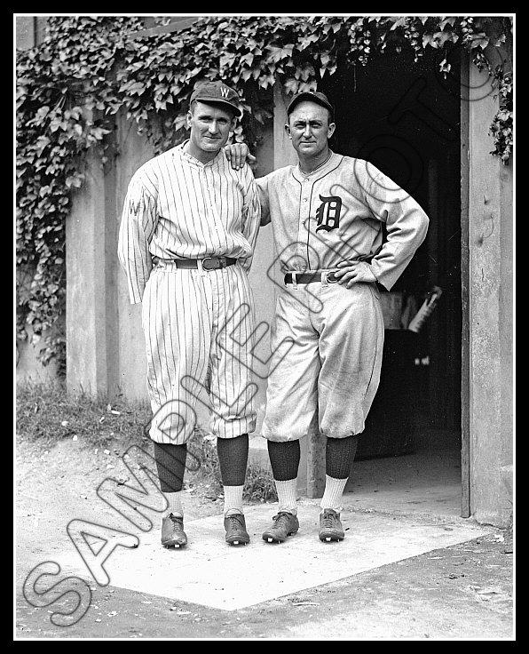 Senators 1924  B/&W Walter Johnson #1 Photo 8X10